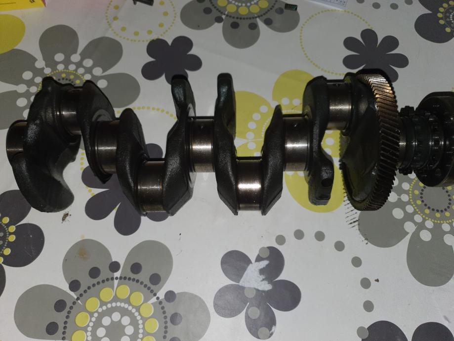Bmw radilica za motor 2.0d N47