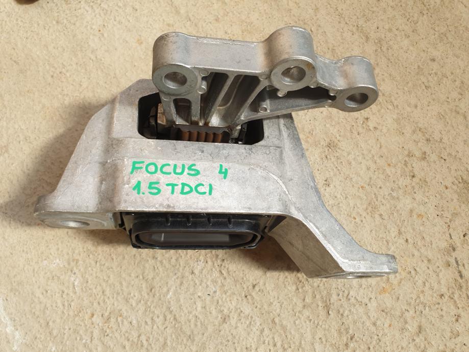 Ford Focus 4 za 1.5 TDCi 88 kW - NOSAČ MOTORA