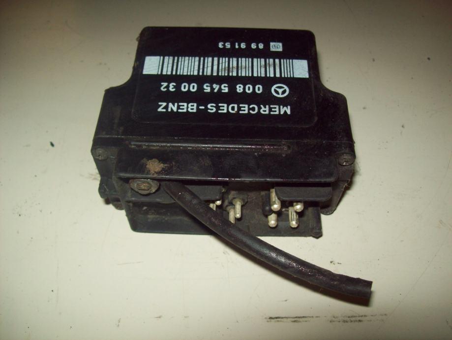 Mercedes benz vito 97 03 relej grija a 0085450032 for 97 mercedes benz