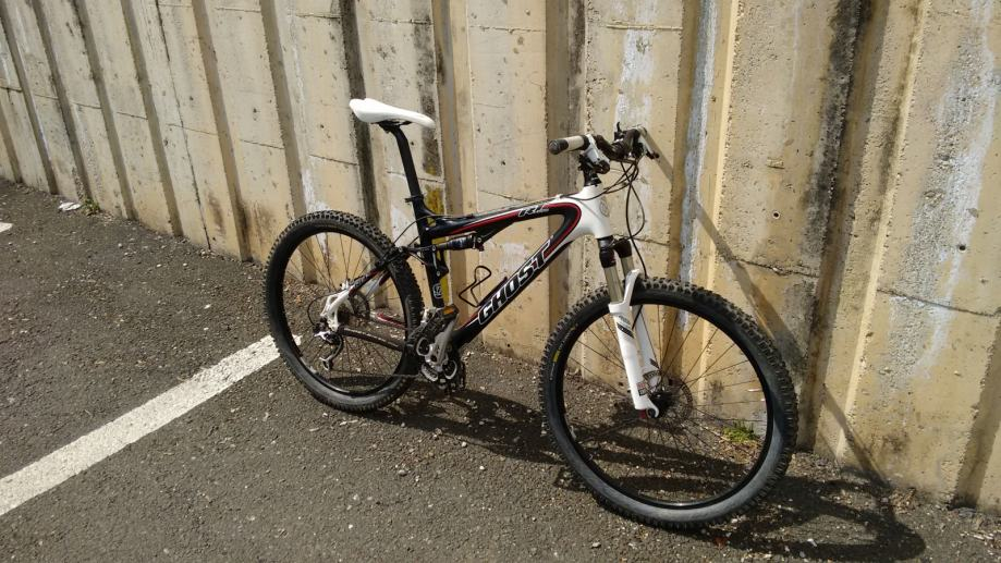 Ghost rt team, carbon, full suspension, 6000kn