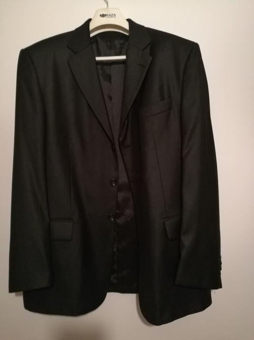 Hugo Boss muško odijelo