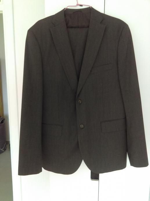 Muško odijelo Benetton, tamnija siva boja