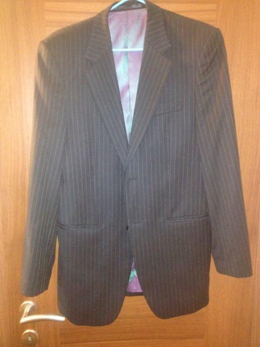 Muško odijelo vel 46 Made in UK SAKO