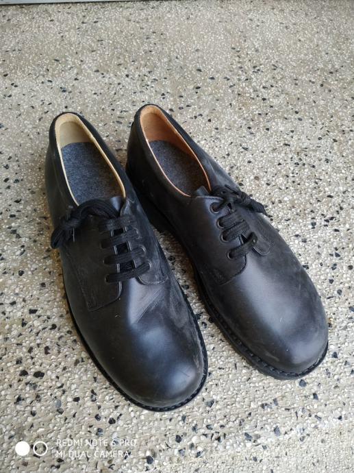 Muske radne cipele br 45. novo!!