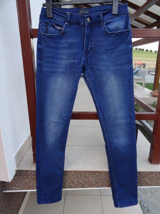Nove muške traperice Zara man slim fit