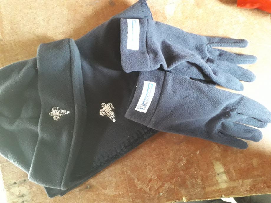 Kapa, šal i rukavice