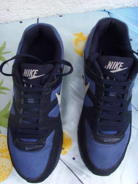 Nike Air Max Command muške tenisice broj 44