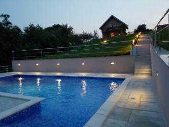 """Kuća s bazenom,za proslave,""""Madera"""""""