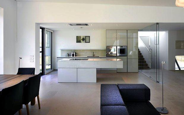 Dizajn i opremanje interijera visokokvalitetnim kuhinjama - Cucine aperte sul soggiorno ...