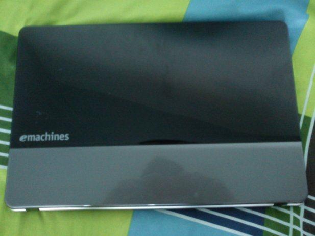Prodajem laptop Acer Emachines e640g po dijelovima!