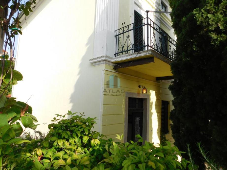 Crikvenica, Dramalj, villa s garažom 60 m od mora! (prodaja)