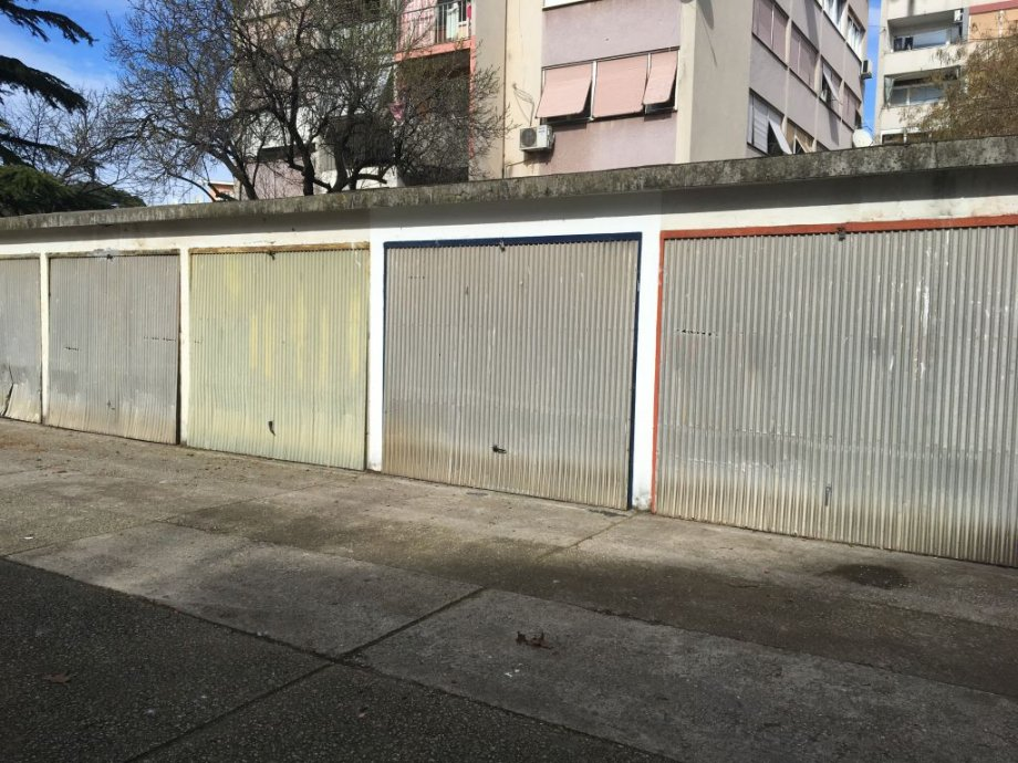 Garaža: Zadar, 17 m2 (prodaja)