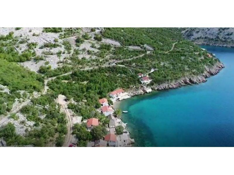 Građevinsko zemljište 1.red do mora s projektom Senj / Stinica