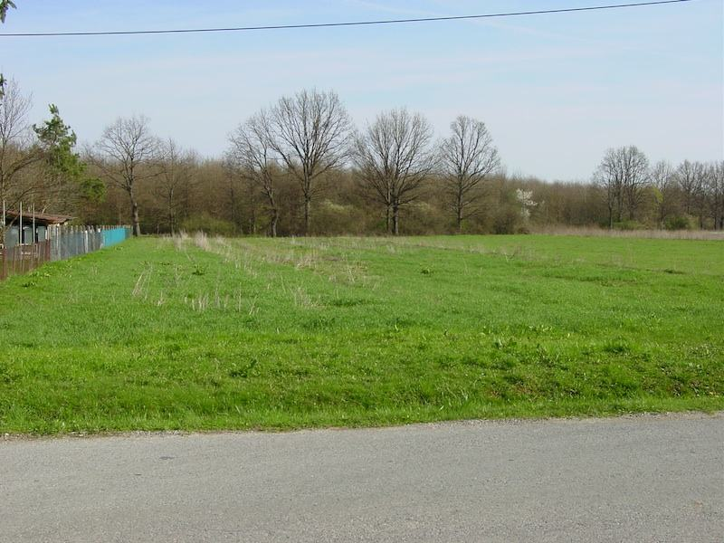 Građevinsko zemljište: Buševec, 2648 m2/ 736 čhv/ 24x cca110 metara