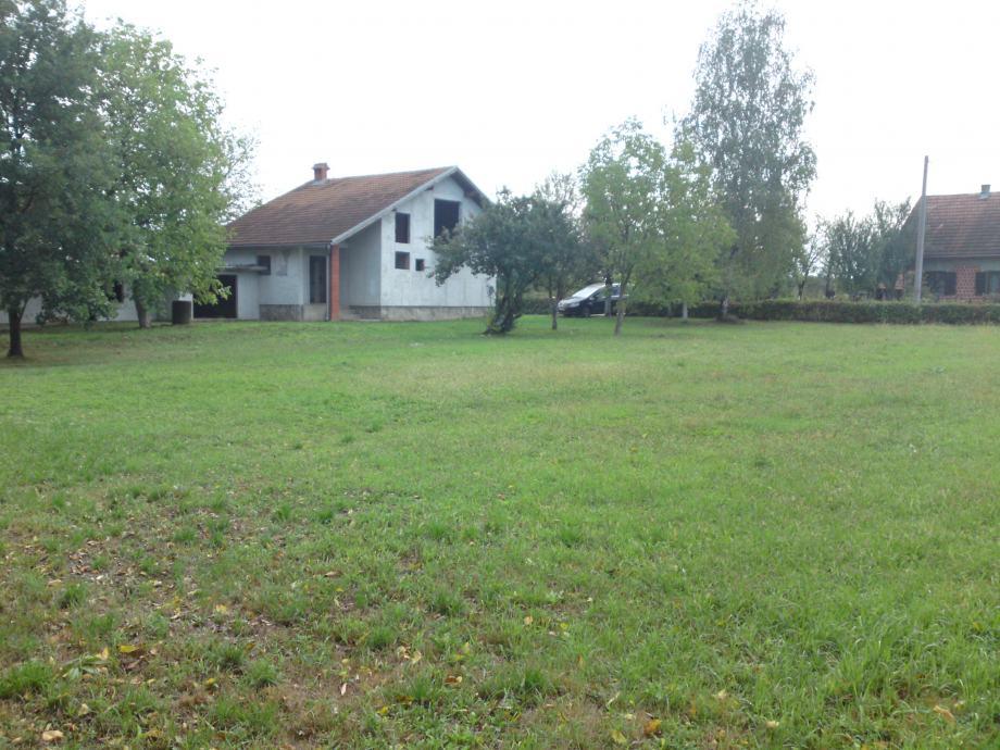 Građevinsko zemljište/ roh-bau kuća: Nova Drenčina, 2430 m2