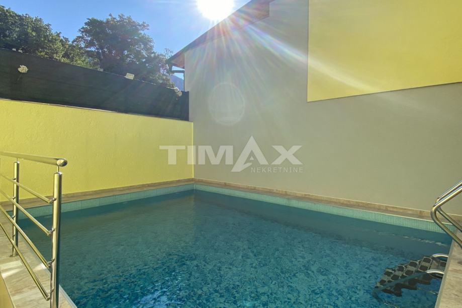 Grižane, kuća s bazenom, 176 m2 (prodaja)