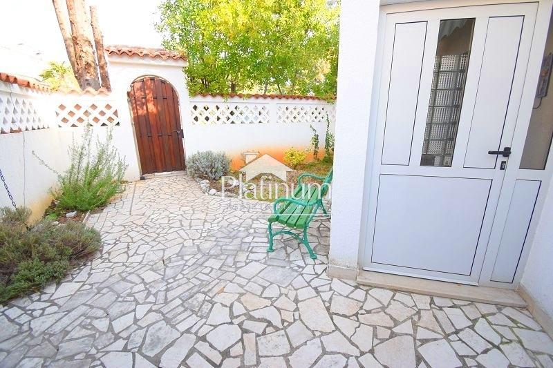 Istra, Barbariga,apartman 118m2 u prizemlju sa vrtom. promjena cijene