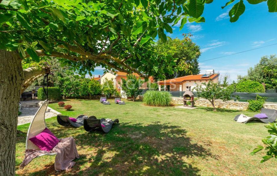 Istra, Medulin, kuća s vrtom za mjesečni najam (iznajmljivanje)