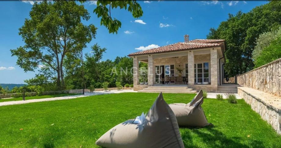 Istra, okolica Tinjana - predivna kuća s bazenom (iznajmljivanje)