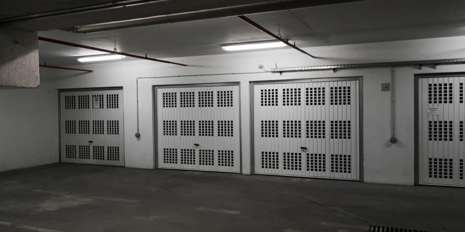 Iznajmljujem garažu (iznajmljivanje)
