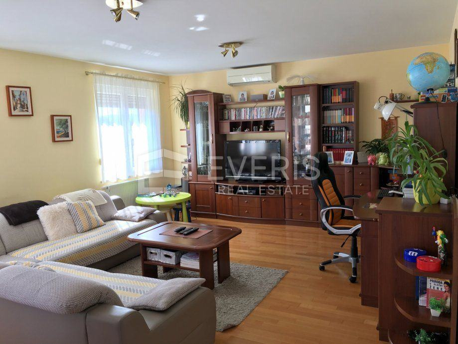 Kastav, Ćikovići, stan 120,60 m2 (prodaja)
