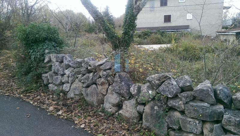 Krk, zemljište sa započetom gradnjom