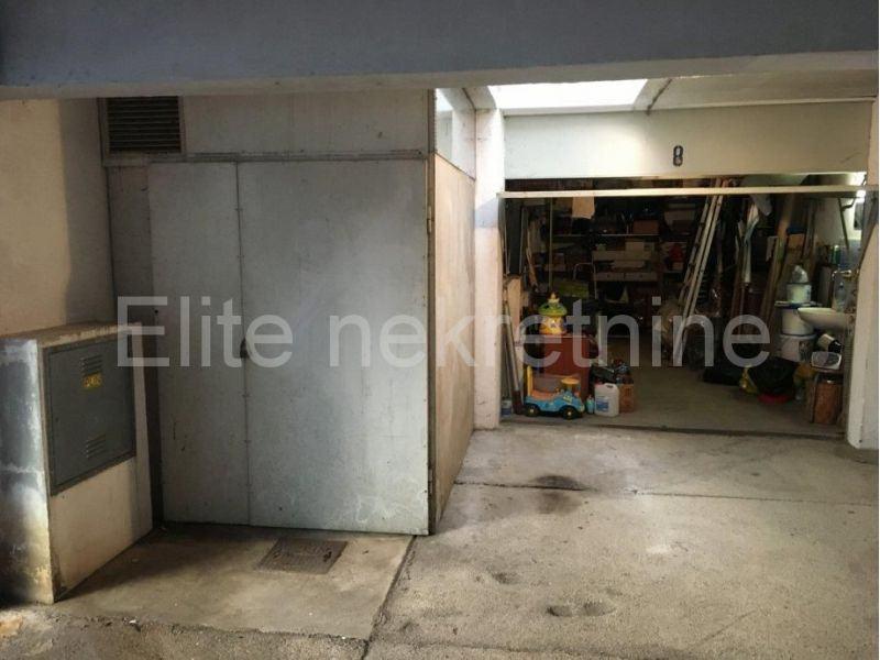Krnjevo - garaža 18 m2 (prodaja)