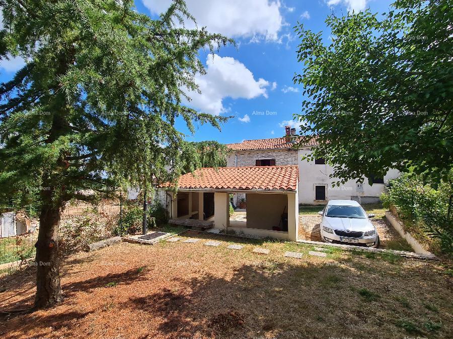 Kuća 3 km do centra Marčane. Kuća sa dva vrta. (prodaja)