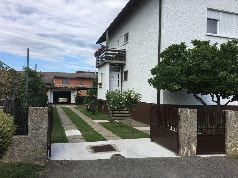 Kuća dvojna: Šenkovec, katnica, 156 m2 (prodaja)