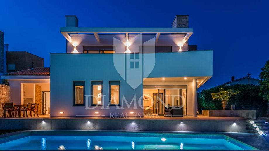 Kuća Fažana, 212m2 (prodaja)