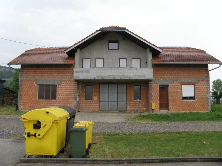 Poslovno stambena zgrada: Prigorje Brdovečko, katnica, 296.83 m2 (prodaja)