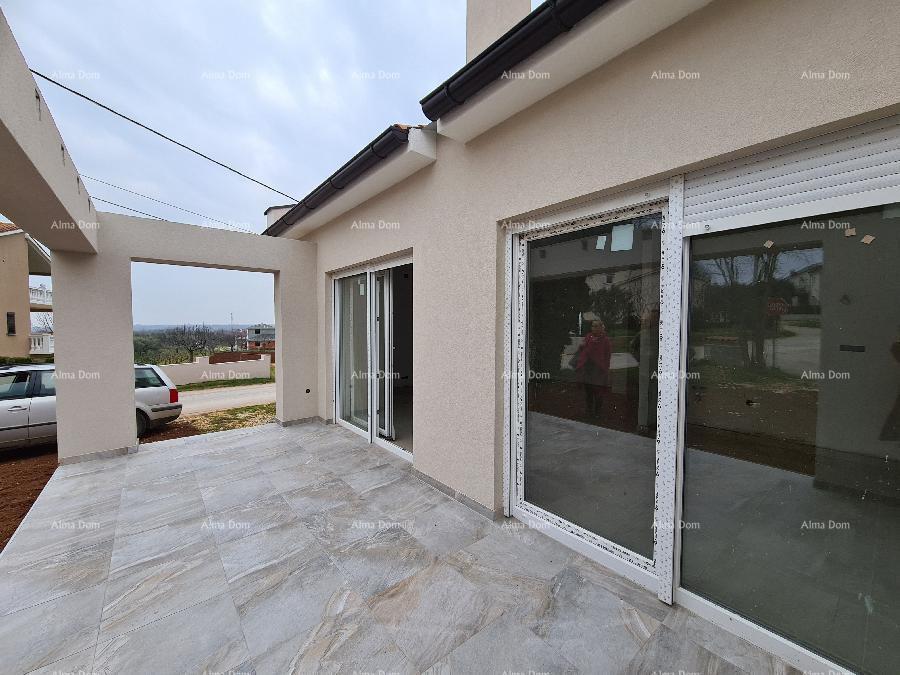 Kuća Pula, Valtura samostojeća obiteljska kuća. 3 km do mora i plaža. (prodaja)