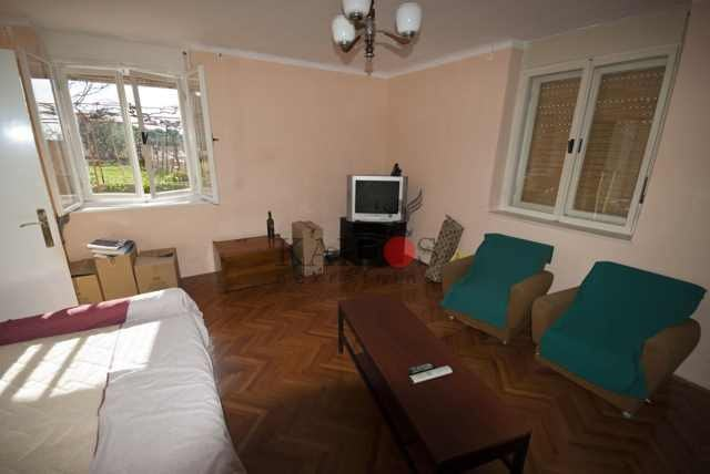 Kuća , samostojeća,okolica Pule (prodaja)