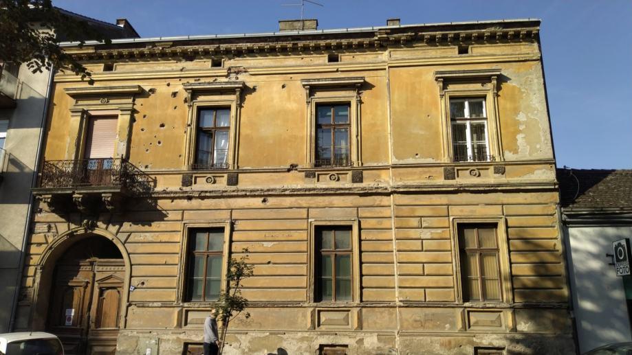 Kuća: Slavonski Brod, katnica, 550.00 m2 (prodaja)