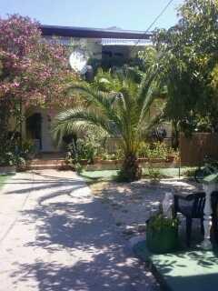 Kuća: Starigrad, katnica, 400 m2 (iznajmljivanje)