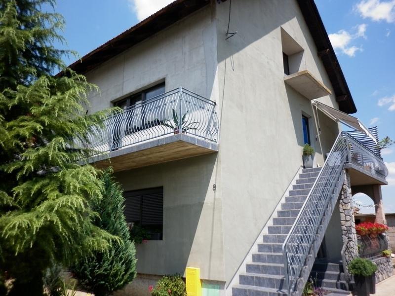 Kuća: Velika Mlaka, katnica 180.00 m2 (prodaja)