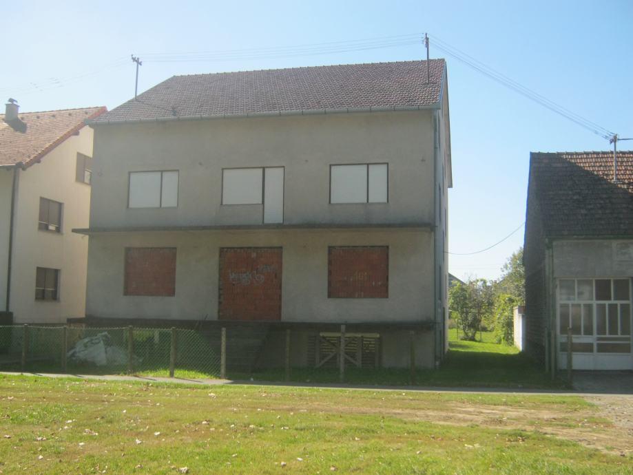 Kuća: Višnjevac, katnica 480 m2/ IDEALNA ZA STARAČKI DOM (za 20 osoba) (prodaja)