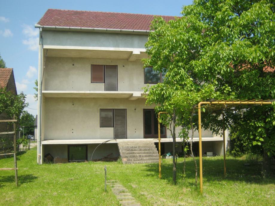 KUĆA 630 m2/ IDEALNA ZA STARAČKI DOM (za 20 osoba) (prodaja)