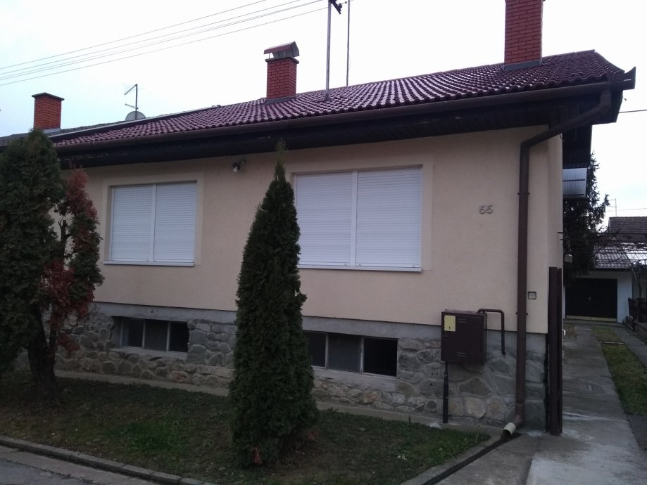 Kuća: Višnjevac, visoka prizemnica, 160 m2 (prodaja)