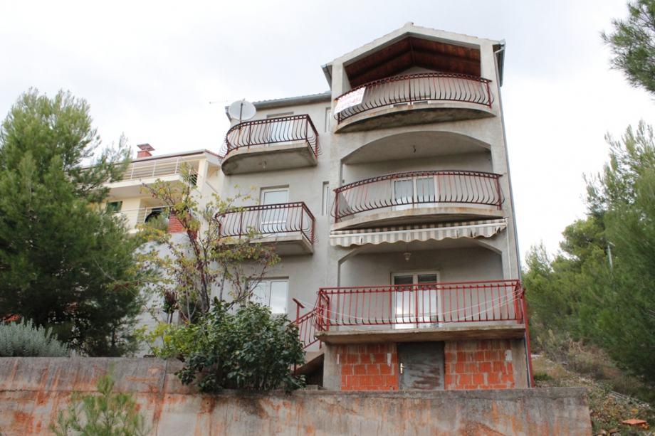 Kuća: Žaborić, dvokatnica, 233 m2 (prodaja)