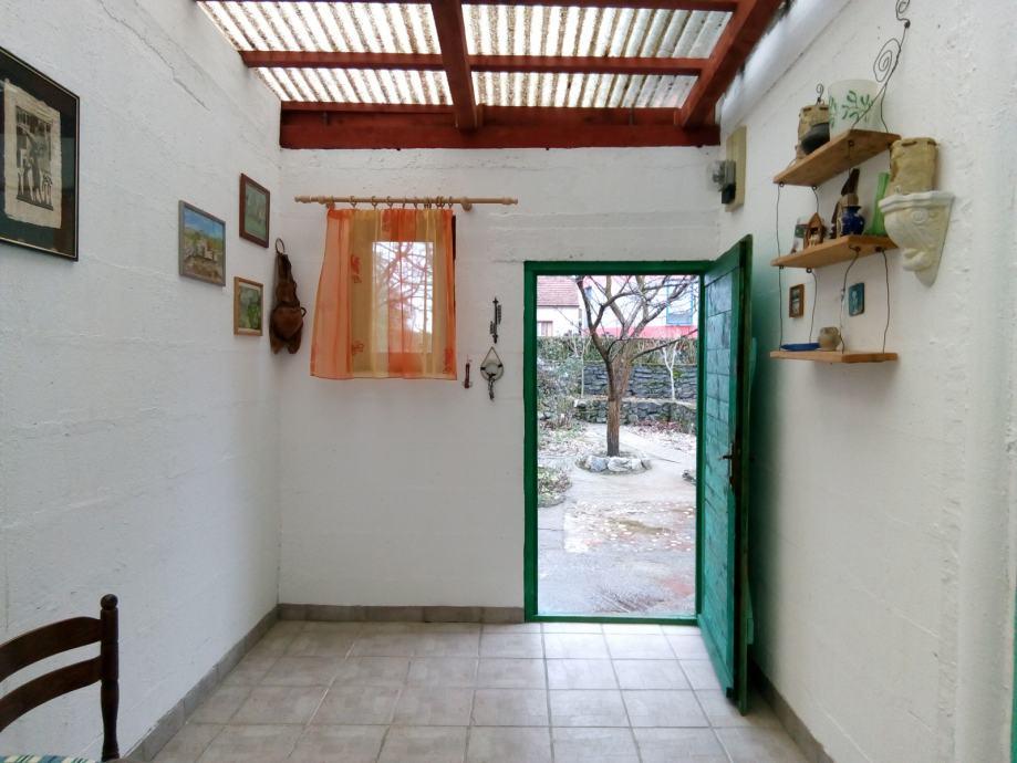 Kuća: Zagreb, prizemnica, 93.00 m2 (prodaja)