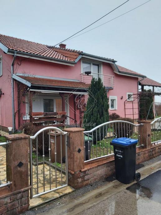 Kuća Žitnjak, 2 odvojena stana po 150 m2, prodaja/zamjena (prodaja)