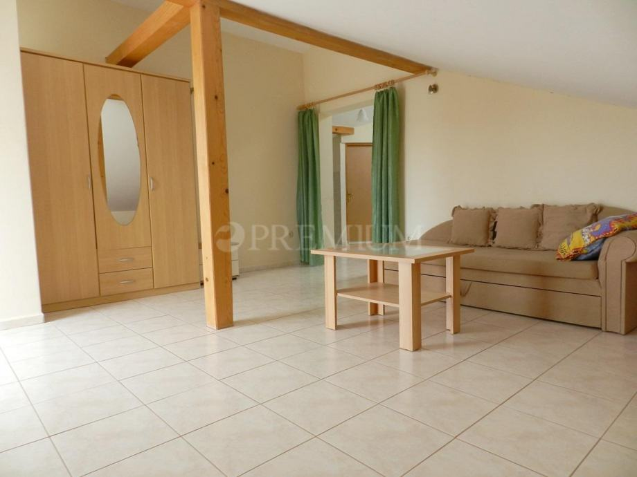 Malinska-apartman od 71 m2 sa pogledom na more (prodaja)