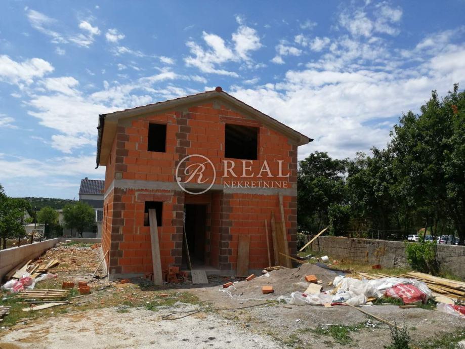 Novogradnja samostojeća kuća sa okućnicom Kukuljanovo (prodaja)
