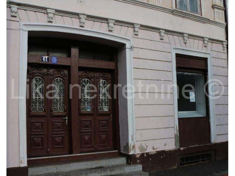 Otočac, centar - poslovni prostor 25 m2 (iznajmljivanje)