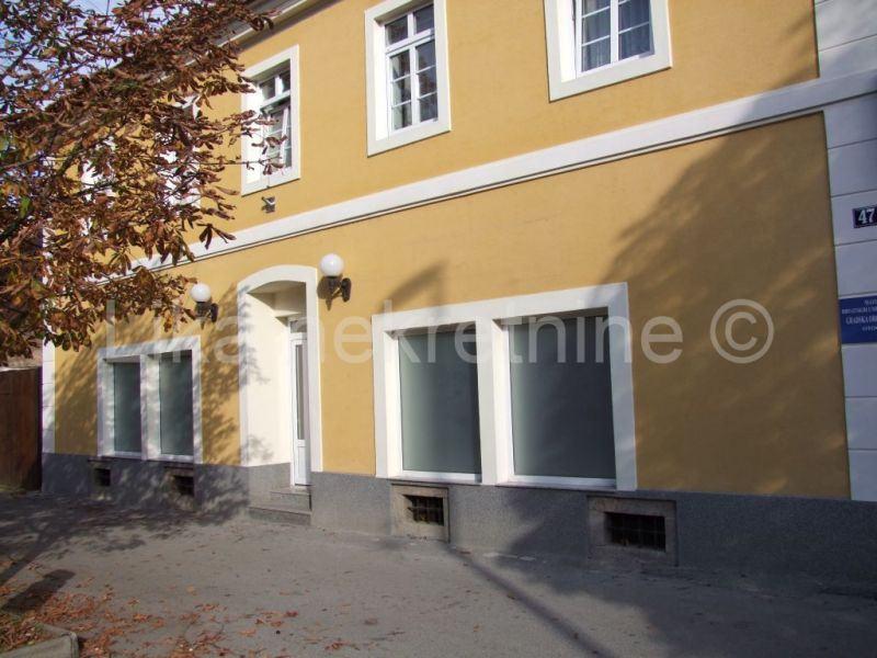 OTOČAC, centar - poslovni prostor površine 104 m2 (iznajmljivanje)
