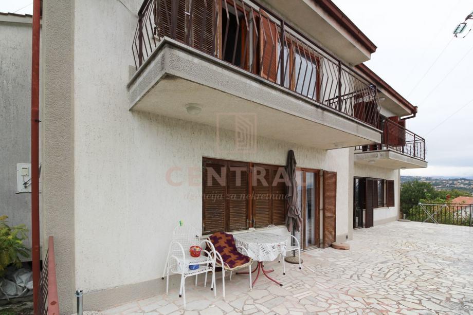Pobri, dvojna kuća 200m2 (prodaja)