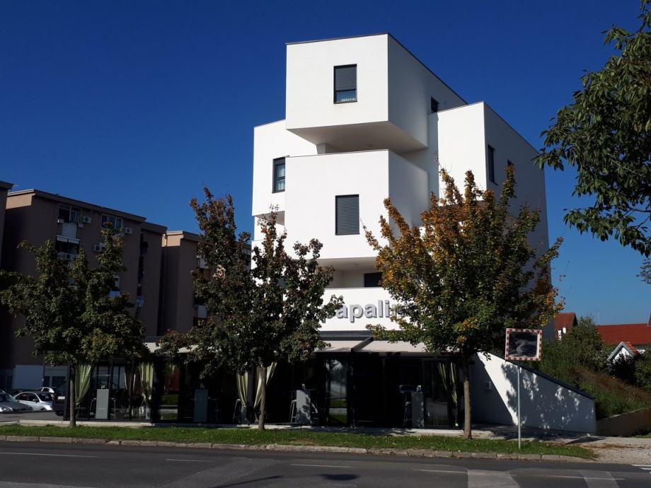 Poslovni p.-(okretište Dubec iza Konzuma),ugostiteljski,150 m2 (prodaja)