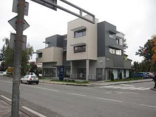 Poslovni prostor: Gospić, uredski, 251,9 m2 (iznajmljivanje)