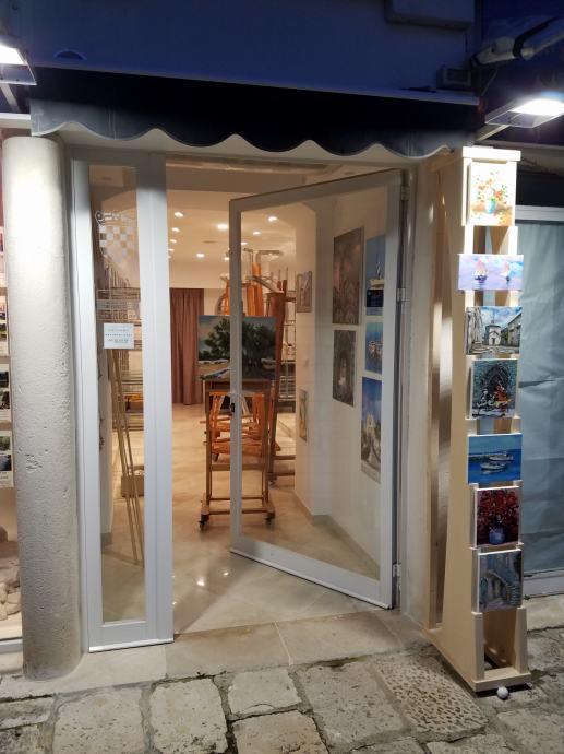 Poslovni prostor: Korčula, trgovina, 25,00 m2 (prodaja)